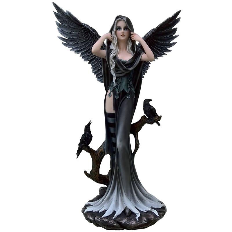 figurine f e ange gothique g ante avec corbeaux. Black Bedroom Furniture Sets. Home Design Ideas